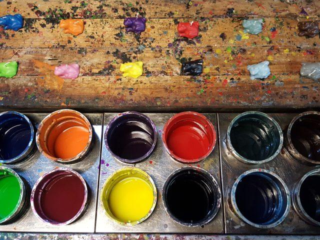 kleurdompelbakken