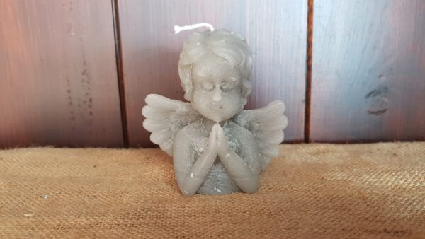 kaars biddende engel grijs